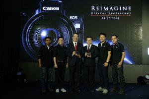 ยิ่งใหญ่สมการรอคอย เปิดตัว EOS R กล้องมิเรอร์เลสฟูลเฟรมรุ่นแรกจากแคนนอน หวังเจาะตลาดกล้องมิเรอร์เลสอันดับ 1 ในประเทศไทย