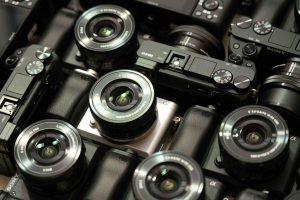 โซนี่เปิดเกมรุกขยายตลาดกล้อง  เปิดตัวกล้องอัลฟ่ามิเรอร์เลส α6400 รับเทรนด์วีดีโอคอนเทนต์โต