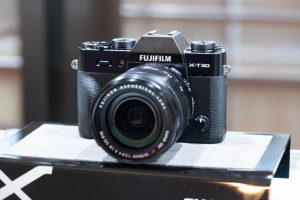 ฟูจิฟิล์มดัน Market Share ทะลุ 50% ได้สำเร็จ ครองแชมป์อันดับ 1ของตลาดกล้องมิลเลอร์เลสอย่างต่อเนื่อง สานต่อความสำเร็จอีกครั้งเปิดตัวกล้องรุ่นใหม่ X-T30 พร้อมฟังก์ชั่นตัวเล็กสเปคแรง ไฟล์ภาพที่ยอดเยี่ยม ชูกลยุทธ์ Influencer ดึงนักแสดงชื่อดังมาทำการตลาด